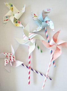 DIY Vappuhyrrät - Paperikaupan tyttö | Lily.fi Spring Arts And Crafts, Summer Crafts, Crafts To Make, Crafts For Kids, Fine Motor Activities For Kids, Baby Shower, Flower Decorations, Handicraft, Diy For Kids