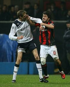Crouch and Gattuso tussle Football Fight, Tottenham Hotspur Players, Seek And Destroy, Ac Milan, Cristiano Ronaldo, Bad Boys, Superstar, Soccer, Nice