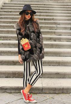 Into the groove fashion blog By Marie Zamboli: WOMENS RETRO THICK BOLD FRAME WAYFARER SUNGLASSES 8777.
