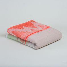 ISH. Blanket 01.