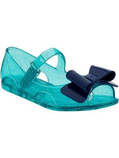 Old Navy jelly sandal... gotta get these for L.