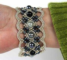 Lacy beaded cuff bracelet - My Beadworld Beaded Braclets, Beaded Bracelet Patterns, Seed Bead Bracelets, Seed Bead Jewelry, Bead Jewellery, Jewelry Patterns, Jewelry Bracelets, Seed Beads, Beaded Jewelry Designs