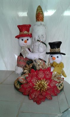 Christmas Home, Christmas Wreaths, Christmas Crafts, Christmas Centerpieces, Christmas Decorations, Holiday Decor, Snowman Crafts, Projects To Try, Create
