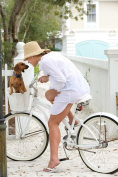 Lovely Retro White Bicycle and Such a Cute Doggie