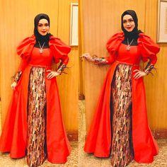 Siti Nurhaliza, Fashion Figure Drawing, Fashion Figures, Abayas, Kaftan, Sari, Singer, Popular, Croquis