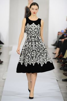 Oscar de la Renta RTW Fall 2013 - Would love to find something like this.
