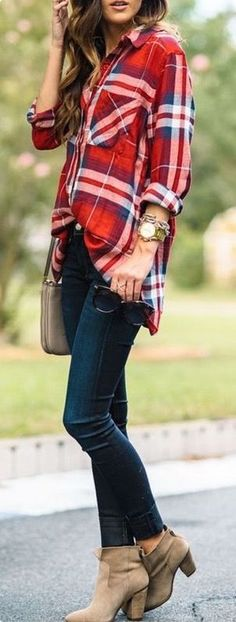/ plaid + denim my style fashion, casual fall outfits, autum Fashion Mode, Fashion Over 50, Look Fashion, Ladies Fashion, Womens Fashion, Fashion 2017, Timeless Fashion, Denim Fashion, Autumn Fashion Women Over 40