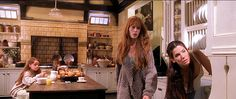 Kitchen from Practical Magic Practical Magic Movie, Roman And Williams, Magical Home, Friends Tv Show, Friends Episodes, Hair Color And Cut, Inspired Homes, Sweet Home, Magic House