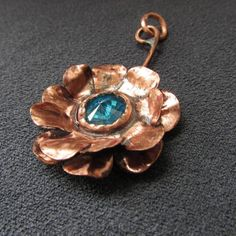 #Handmade #flower #pendant #copper #metal #necklace #blue #gifts #giftidea #present #jewellery #jewelry #woman #women #plant #flowers #glass #unique #gift #floral #nature #violet #pink #twisted #curved #curly #wrapped #neckless #handforged #delicate #girly