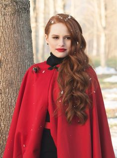 Madelaine Petsch is best known for her role as Cheryl Blossom on Riverdale who, IMO, is the baddest bitch on that show 'cause girl is crazy AF (but, like, in a good way? Cheryl Blossom Aesthetic, Cheryl Blossom Riverdale, Riverdale Cheryl, Riverdale Quiz, Riverdale Poster, Riverdale Cast, Madelaine Petsch, Camila Mendes Riverdale, Riverdale Aesthetic