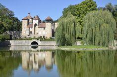 Château de Sercy (Saône et Loire) by Jean Nicolet on 500px