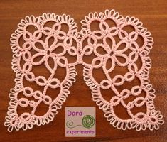 Dora experiments / angels wings / Pattern by A. Needle Tatting, Tatting Lace, Tatting Patterns Free, Crochet Patterns, Tatting Jewelry, Lacemaking, Pattern Pictures, Freeform Crochet, Crafty Projects