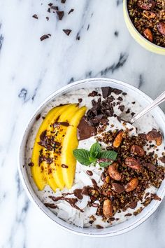 15 Healthy Breakfasts: Coconut Banana Oats Smoothie Bowl with Crunchy Black Sesame Quinoa Cereal + Mango