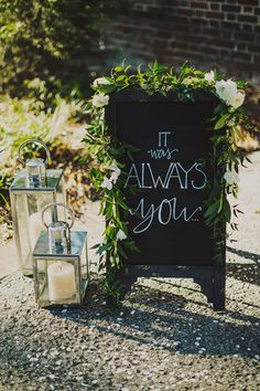 sign outside the ceremony | Ariel Renae #wedding