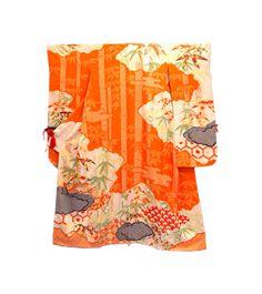 Discover Kimono at Sakaeya. New and second hand kimonos