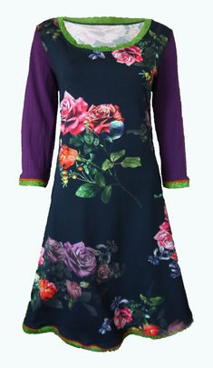 Elizz' Jurken Made In Heaven, Flower Power, How To Find Out, Navy Blue, Tunic Tops, Leggings, Floral, Sleeves, Prints