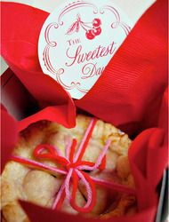 Homemade Pie Favor Tags  Read more - http://www.stylemepretty.com/living/2009/11/05/homemade-pie-favor-tags/