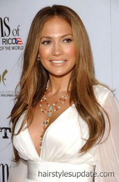 Jennifer Lopez: golden brown.