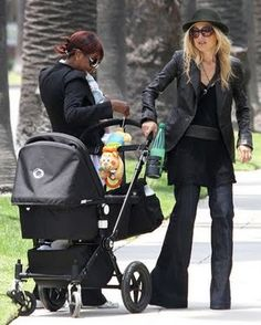 Rachel Zoe and the All Black Bugaboo Cameleon