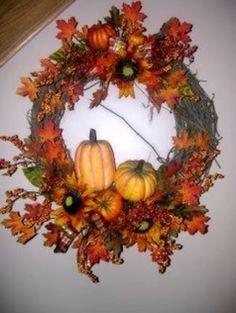 fall wreath w/pumpkins