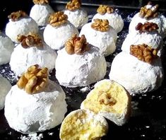 mug cake smores Cookie Icing, Biscuit Cookies, Candy Recipes, Dessert Recipes, Desserts, Food Network Recipes, Cooking Recipes, Mascarpone Cake, Greek Cookies