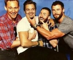 Is this really happening? What am I seeing right now? Is Sebastian on Chris' lap?? What are Tom's hands doing? I need answers, people!