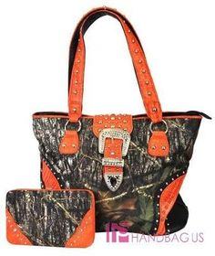 Mossy Oak ~ Camo & Orange ~ Must Have **might actually start carrying a purse*