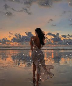 ✨☁️ Dreamy sunset skies by Boujee Aesthetic, Aesthetic Photo, Aesthetic Pictures, Tumblr P, Foto Glamour, Vogel Tattoo, Glitter Photography, Glitter Art, Princess Aesthetic