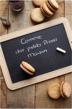 Petits Princes / BN maison - Only Ring! Cookie Recipes, Dessert Recipes, Desserts With Biscuits, Biscotti Cookies, Macarons, Pureed Food Recipes, Biscuit Recipe, Snacks, Food Inspiration