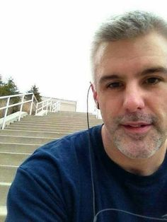 - single man seeking match in Santa Barbara, California, United States. Contact California man for online relations. i,m frank searching for an honest soul mate