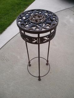 Old Cast Iron Plant Stand - VarageSale Sarnia