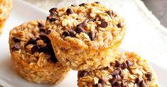 Baka saftiga, smarriga cupcakes med choklad, banan och havre. Energi och njutning i en härlig blandning.