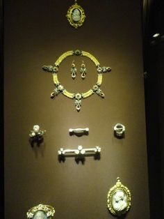 Charming pieces of jewelry once worn by Empress Elisabeth and by Habsburg empresses and princesses, Imperial Treasury, Vienna Era Royal Jewelry, Gilded Age, Her World, Kaiser, Something Old, Tiaras And Crowns, Jewel Box, Crown Jewels, Royal Fashion