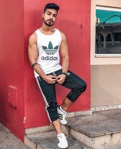 New Sport Outfit Men Guys 57 Ideas – Tendencias de la moda 2019 Sport Fashion, Boy Fashion, Mens Fashion, Moda Academia, Moda Men, What To Wear Today, Mens Trends, Gym Style, Summer Wear