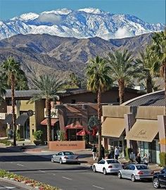 VRBO.com #145211 - Best Location! Palm Desert Condo Rental Steps from Center of El Paseo!