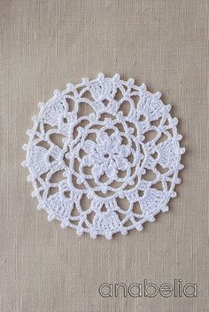 Crochet lace motif nr 2 by Anabelia