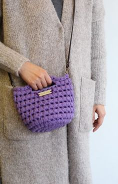 Finger Knitting, Crochet Purses, Straw Bag, Macrame, Knit Crochet, Handbags, My Style, Pattern, Fashion