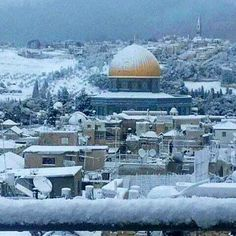 Jerusalem covered in snow in December 2013