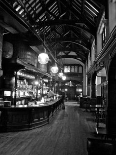 Cittie of Yorke, 22 High Holborn, London. There has been a pub on this site since Vintage London, Old London, Steampunk Interior, Pictures Of England, Ghost Walk, Pub Interior, Places In England, London Pubs, Pub Crawl
