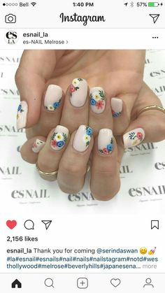 30 Excellent Picture of Lovely Holiday Nails Designs To Get You In The Spirit, 30 Excellent Picture of Lovely Holiday Nails Designs To Get You In The Spirit Cute Nail Art, Cute Nails, Pretty Nails, Holiday Nails, Holiday Nail Designs, Nail Art Designs, Mexican Nails, Friendly Nails, Floral Nail Art