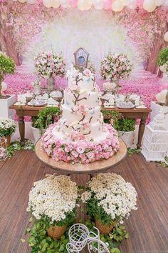 Garden party Wedding Themes, Wedding Decorations, Wedding Centerpieces, Wedding Cakes, Forest Wedding, Dream Wedding, Wedding Bells, Wedding Flowers, Quinceanera Cakes