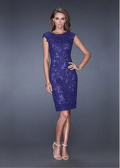 Chic Lace & Tulle Jewel Neckline Knee-length Sheath Homecoming Dress