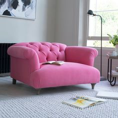 💗love different color different funitur originl etc Love lot of different styles The Dixie love seat is a deep-seated gorgeous chesterfield style sofa Choose from over 100 fab fabrics and order free swatches online Chesterfield Style Sofa, Sofa Couch, Couches, Home Interior, Interior Design, Interior Livingroom, Home And Living, Living Room, Small Living