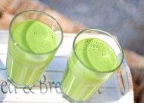Groene smoothie van spinazie en banaan
