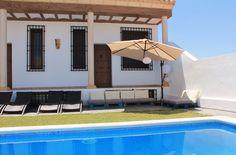 Insula Barataria Patio Alojamiento con encanto en Belmonte, en plena ruta del Quijote.