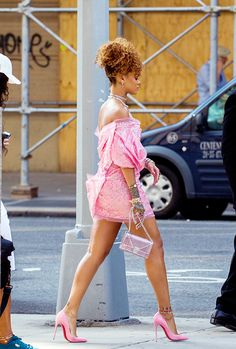celebritiesofcolor: Rihanna out in NYC