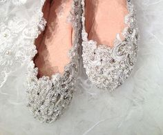 Handmade Pearl White / red / ivory lace wedding shoes ballet flat leather Pearl beads Bridal shoes Bridal flat heel shoes Bridesmaids shoes