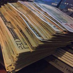 Dollar Money Fire - - - Money Tree Centerpiece - Money In Hand Cartoon - Mo Money, How To Get Money, Cash Money, Cash Cash, Money Girl, Money Meme, Free Money, Illuminati, Money On My Mind