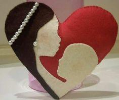 Image gallery – Page 442337994643505717 – Artofit Felt Crafts, Diy And Crafts, Felt Pillow, Diy Pillow Covers, Mothers Day Crafts For Kids, Valentines Art, Felt Baby, Felt Decorations, Felt Patterns