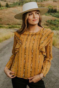 Legeres Shirt mit Glamour-Effekten yellow sun
